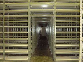Tunnel Cross Aisle System made from Sheel Shelving