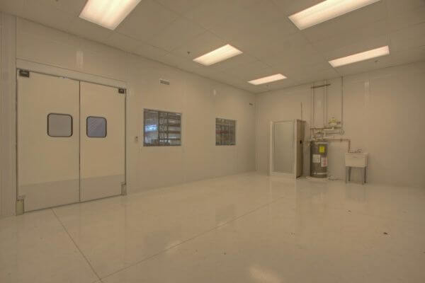 Starrco Clean Room Case Study DACO Corp