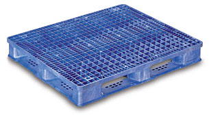Stackable Plastic Pallets available at DACO